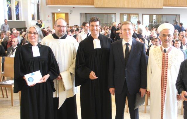 Christliche, jüdische und muslimische Geistliche sprachen am Dienstagabend in der Stadtkirche ein