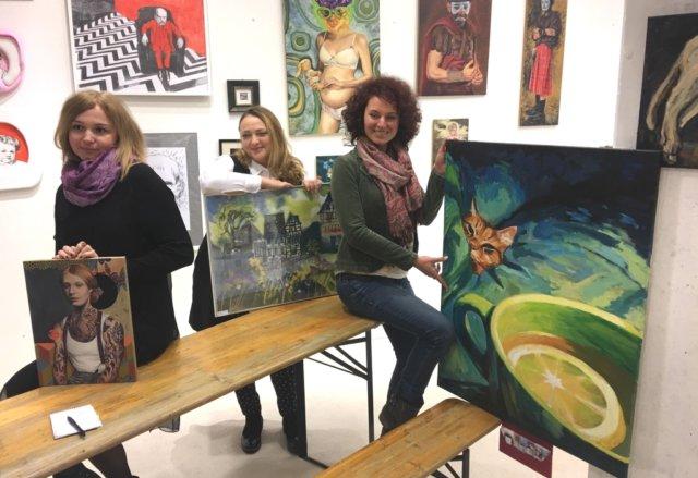 """""""Bunt"""" ist eine neue synergistische Frauenpower-Kunstgruppe, die gegenseitige Unterstützung, Ideenaustausch und gemeinsame Aktivitäten zum Ziel hat. (Foto: © City Art Project)"""
