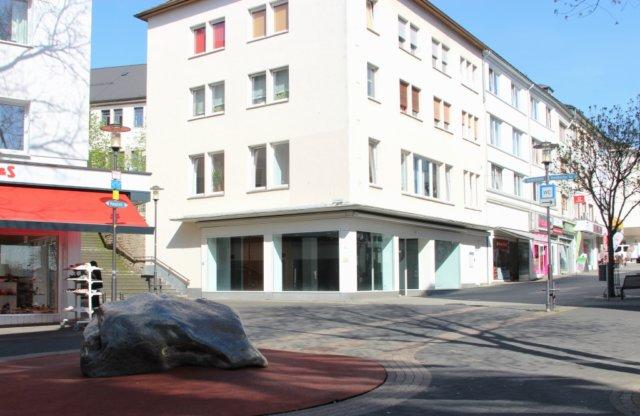 Immer wieder im Fokus, wenn über Leerstand in der City gesprochen wird, ist die Hauptstraße. Eines der großen Sorgenkinder der Solinger Innenstadt. (Foto: © Bastian Glumm)
