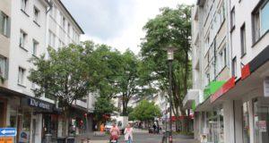 Eines der Sorgenkinder der Solinger Innenstadt ist die untere Hauptstraße. Hier bestimmen Leerstände das Bild. (Foto: © B. Glumm)
