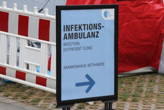 Die Lungenfachklinik Bethanien in Aufderhöhe ist Behandlungszentrum für mit dem Coronavirus infizierte Personen. (Foto: © Bastian Glumm)