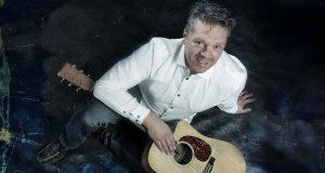 Daniel M. Lercher kommt am Freitagabend ins Gasthaus Schaaf und verspricht knackigen Austro-Pop. (© musik-leidenschaft.at)
