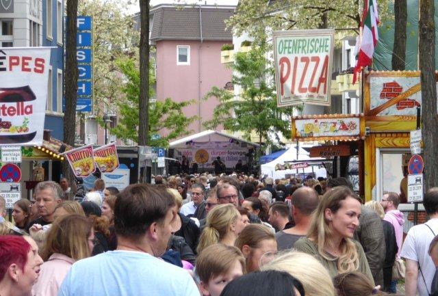 Die Ohligser Werbe- und Interessengemeinschaft (OWG) kann das zurückliegende Dürpelfest-Wochenende als vollen Erfolg verbuchen. (Foto: © OWG)