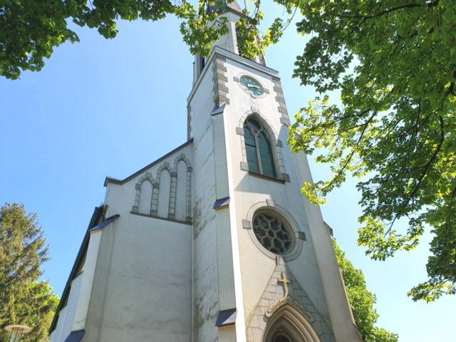 Die Evangelische Kirche in Ketzberg. (Foto: © Bastian Glumm)