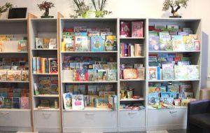 Der Felix Kids-Club konnte sich über zahlreiche Spenden von allen nur denkbaren Kinderbüchern freuen, die meisten davon sogar brandneu. Diese werden in der ehemaligen ADAC-Geschäftsfstelle an der Goerdelerstraße aufbewahrt. (Foto: © B. Glumm)