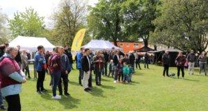 Mit einem bunten Kinderfest im Pfarrgarten St. Engelbert an der Sandstraße startete am vergangenen Samstag die Aktion Ferien(s)pass 2019. (Foto: © Bastian Glumm)