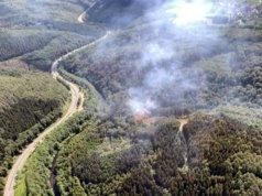 Die Feuerwehr Solingen konnte den Waldbrand aus einem Polizeihubschrauber heraus erkunden. (Foto: © Feuerwehr Solingen)