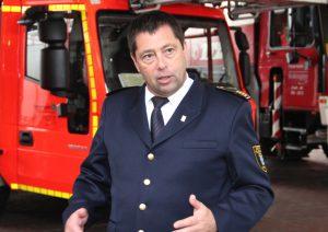 Dr. Ottmar Müller ist Chef der Solinger Feuerwehr. (Foto: © Bastian Glumm)