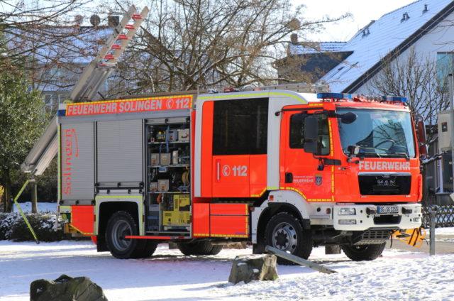 Hilfeleistungslöschgruppenfahrzeug (HLF) der Feuerwehr Solingen. (Archivoto: © Bastian Glumm)
