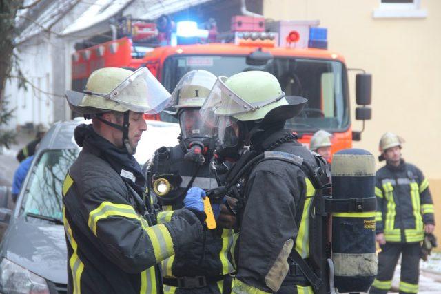 Zu einem Wohnungsbrand rückte die Feuerwehr am Montagmorgen zum Eiland in der City aus. (Symbolfoto: © B. Glumm)