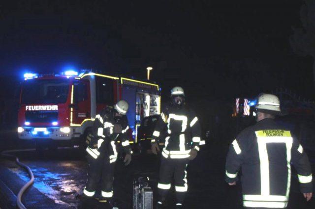 Feuerwehr und Rettungsdienst rückten in der Silvesternacht zu insgesamt 81 Einsätzen aus. (Foto: © Tim Oelbermann)