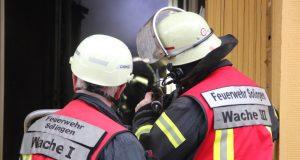 Die Feuerwehr rückte Dienstagmittag zu einem Einsatz in Gräfrath zur Lützowstraße aus. Dort brannte es in einem Wohngebäude. (Symbolfoto: © B. Glumm)