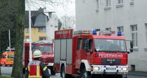 Auf dem Gelände der Firma Kronprinz fand am Sonntag eine große Übung der Freiwilligen Feuerwehr mit der Werkfeuerwehr des Unternehmens statt. (Foto: © Tim Oelbermann)