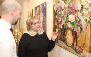 Bei Nadezhda Stupinas Kunst handelt es sich um den klassischen und ausdrucksstarken Impressionismus des 19. Jahrhunderts. Die gut 20 Kunstwerke sind noch bis zum 7. Mai in den Güterhallen zu sehen. (Foto: © B. Glumm)