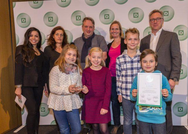 Die Grundschule Uhlandstraße erreichte jetzt den 3. Platz beim Deichmann-Förderpreis für Integration. (Foto: © Deichmann/Rüdiger Fessel)