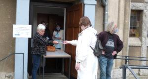 Mehr als 1.300 Menschen wird in Solingen durch diakonische Lebensmittelhilfen der Evangelischen Kirche geholfen. (Foto: © Gerold Schröter)