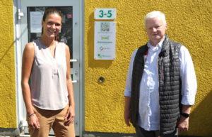 """Quartiersmanagerin Marina Lehnen und Hans-Peter Harbecke, Vorsitzender des Vereins """"Wir in der Hasseldelle"""". (Foto: © Bastian Glumm)"""