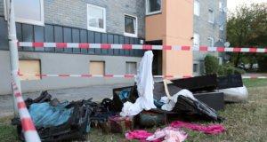 Die Feuerwehr wurde am späten Donnerstagnachmittag zu einem gemeldeten Kellerbrand in einem achtgeschossigen Wohngebäude an der Hasselstraße gerufen. (Foto: © Das SolingenMagazin)