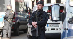 Am Nachmittag musste die Polizei auf eine Bombendrohung im Einkaufszentrum Hofgarten reagieren. An verschiedenen Stellen in der Innenstadt waren starke Einsatzkräfte konzentriert. (Foto: © B. Glumm)
