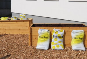 Ein erstes Projekt ist die Herstellung von etwa 100 Hochbeeten für die Solinger Kitas, die zudem mit Mulch von den TBS gefüllt werden. Weitere Projekte sollen folgen. (Foto: © Bastian Glumm)