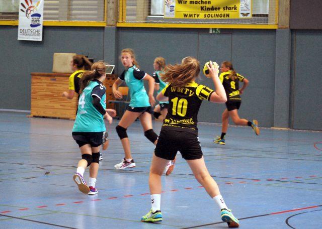 Insgesamt kämpften am vergangenen Wochenende in der Sporthalle der August-Dicke-Schule 31 Jugendmannschaften um Punkte und Siege. (Foto: © WMTV/Daniel Konrad)