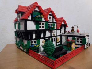 Das Industriemuseum nimmt seine Besucher auf eine Reise in verschiedene LEGO-Welten mit. Am Samstag ist Familientag. (Foto: © Industriemuseum)