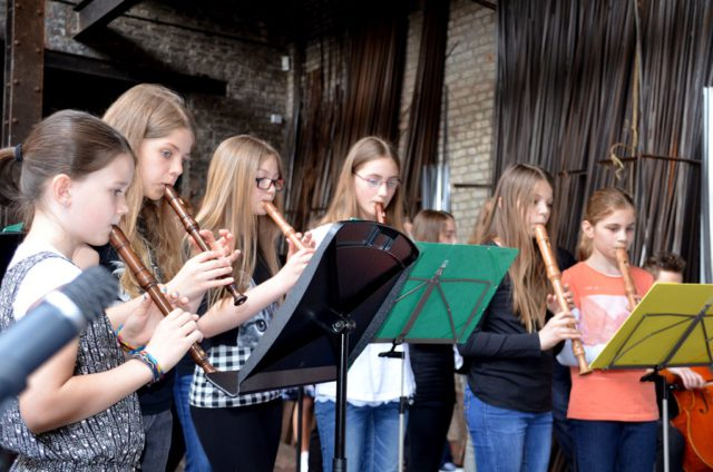 Am kommenden Samstag, 20. Mai, findet wieder das traditionelle Musikfest in der Gesenkschmiede Hendrichs statt. Zwischen 14 und 18 Uhr stellen Musikschüler der Städtischen Musikschule Solingen einem großen Publikum ihr Können vor. (Archivfoto: © Martina Hörle)
