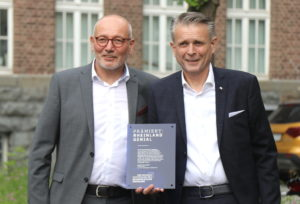 Hartmut (li.) und Volker Gehring, Geschäftsführer des Solinger Besteckherstellers Gehring. (Foto: © Bastian Glumm)
