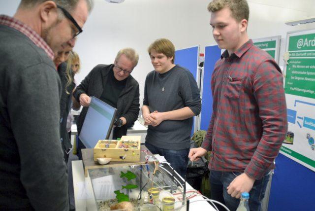 Zum 20. Mal richtet das Gründer- und Technologiezentrum Solingen (GuT) den Regionalwettbewerb Jugend forscht aus. (Archivfoto: © Gründer- und Technologiezentrum Solingen)