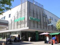 Der Kaufhof gibt seine Filiale an der Hauptstraße auf und wird den Standort Ende März 2019 schließen. (Foto: © Martina Hörle)