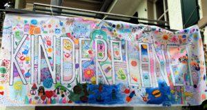"""Der """"Kinderplanet"""" ist ein Qualifizierungsangebot für Jugendliche und zugleich Ferienspaß für Kinder in der ersten Sommerferienwoche. Anbieter ist die Evangelische Jugendbildungsstätte am Hackhauser Hof in Ohligs. (Foto: © Evangelische Jugendbildungsstätte am Hackhauser Hof)"""