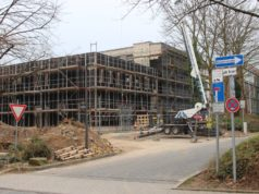 """In Solingen werden Kita-Plätze benötigt, weshalb gebaut wird. Die Kindertagesstätte """"Klingenbande"""" am Rathaus befindet sich ebenfalls noch in der Entstehung. (Foto: © Bastian Glumm)"""