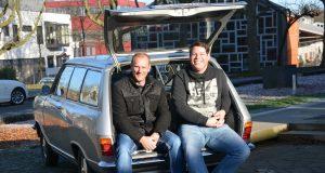 Die Klingenstädter Kadetten Marc Baehr und Lars Berger nehmen mit ihrem Opel Kadett B Caravan an der diesjährigen Charity-Rallye Baltic Sea Circle 2017 teil. Mit ihrer Spendensammlung wollen sie drei Kinderhilfsprojekte unterstützen. (Foto: © Klingenstädter Kadetten)