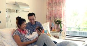 In Zusammenarbeit mit der Hebamme Nathalie Gowik bietet das Klinikum ab kommenden September zwei Geburtsvorbereitungskurse für Paare an, die ein Kind erwarten. (Foto: © Thomas Götz/Klinikum Solingen)