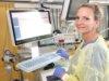 Simone Pandya ist seit 1988 im Klinikum Solingen beschäftigt. Seit 1993 arbeitet sie in der operativen Intensivstation, die sie seit zehn Jahren leitet.