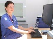 Stefanie Wenzel ist seit etwa drei Jahren im Akutschmerzdienst im Klinikum Solingen im Einsatz. (Foto: © Bastian Glumm)
