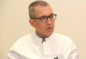 Prof. Dr. Wolfgang Schwenk will im Bereich der perioperativen Medizin im Klinikum neue Akzente setzen und so die Behandlung von Patienten noch weiter verbessern. (Foto: © B. Glumm)