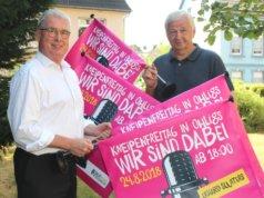 """Hans Gerd Frambach (li.) und Joachim Junker von den """"Ohligser Jongens"""" freuen sich auf den diesjährigen Kneipenfreitag, der am 24. August in Ohligs stattfinden wird. (Foto: © Bastian Glumm)"""