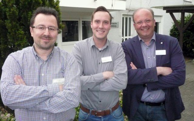 Das Energieteam der Kplus Gruppe: v.li. die Energiemanager Peter Belak, Patrick Preiss und der Technische Leiter der Kplus Gruppe Torsten Kanitz. (Foto: © Kplus Gruppe)