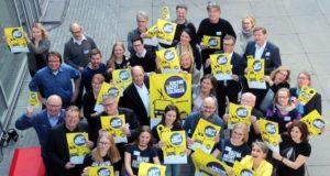 Allein 500 Künstlerinnen und Künstler machen in diesem Jahr bei der Kulturnacht mit. Zwölf Programmbusse, allesamt mit Live-Musik, werden in der Klingenstadt unterwegs sein. (Foto: © Bastian Glumm)