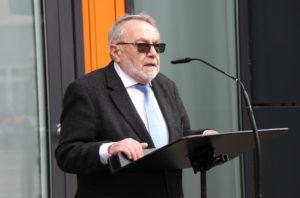 Leonid Goldberg ist Vorsitzender der Jüdischen Kultusgemeinde Wuppertal, zu der auch Solingen gehört. (Foto: © Bastian Glumm)