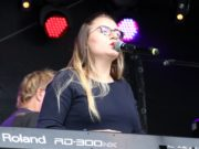 Macht am Samstagabend beim alternativen Angebot der Kulturnacht online mit: Die Solinger Sängerin Leonora. (Archivfoto: © Bastian Glumm)