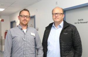 Sorgten für einen reibungslosen Ablauf der baulichen Maßnahmen: Florian van Herk (li.) und Thorsten Kanitz von der Technik der St. Lukas Klinik. (Foto: © Bastian Glumm)