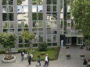 Die St. Lukas Klinik an der Schwanenstraße in Ohligs ist Teil der überregional agierenden Kplus Gruppe. (Foto: © Kplus Gruppe)