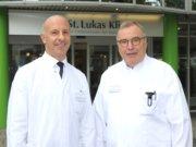 Teilen sich bis Oktober den Chefarztposten der Mund-, Kiefer- und Gesichtschirurgie in der Ohligser St. Lukas Klinik: PD Dr. Dr. Markus Martini (li.) und Dr. Erich Theo Merholz. (Foto: © Bastian Glumm)