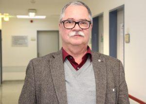 Jens H. Robra ist Pflegedirektor der St. Lukas Klinik. Er ist vom Führungsprojekt überzeugt und sieht darin auch eine optimale Vorbereitung auf das Berufsleben nach dem Staatsexamen. (Foto: © B. Glumm)