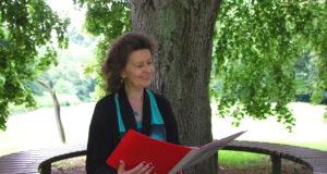 Die Solinger Autorin Martina Hörle wurde 1959 in der Klingenstadt geboren, ist geprüfte Betriebswirtin, und arbeitet seit einigen Jahren als freiberufliche Text- und Fotojournalistin. (Foto: © Martina Hörle)