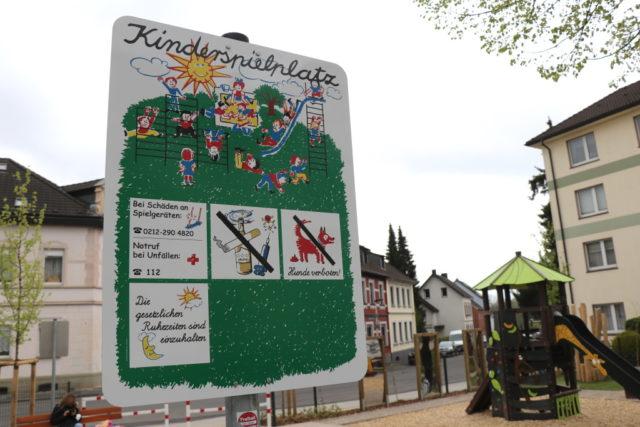 An der Merkurstraße in Ohligs wurde jetzt ein neuer Spielplatz eröffnet. (Foto: © Bastian Glumm)