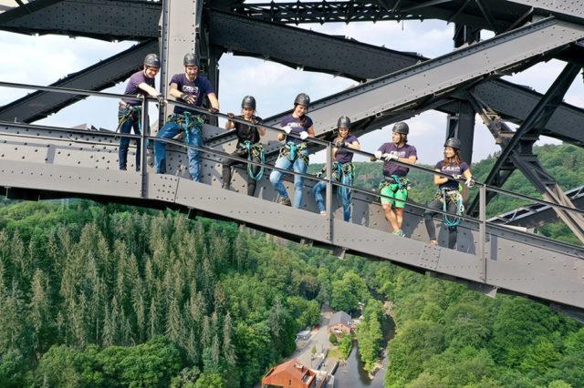 Ab dem 1. August 2021 empfängt der Brückensteig Müngsten Besucherinnen und Besucher in geführten Touren. (Foto: © Deepwood GmbH)