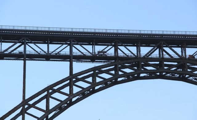 Die Müngstener Brücke ist Deutschlands höchste Eisenbahnbrücke. (Archivfoto: © Bastian Glumm)